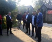 Radojević i Nedimović obišli poljoprivredna gazdinstva u opštini Bečej