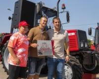 Agropanonka u nagradnoj igri darovala traktor Belarus dobitniku iz Selenče