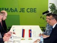 SVE VEĆI RAST IZVOZA JABUKA I MESA U RUSIJU
